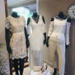 06 07 20 elegante kledingstukken met bijpassende handtas en schoenen